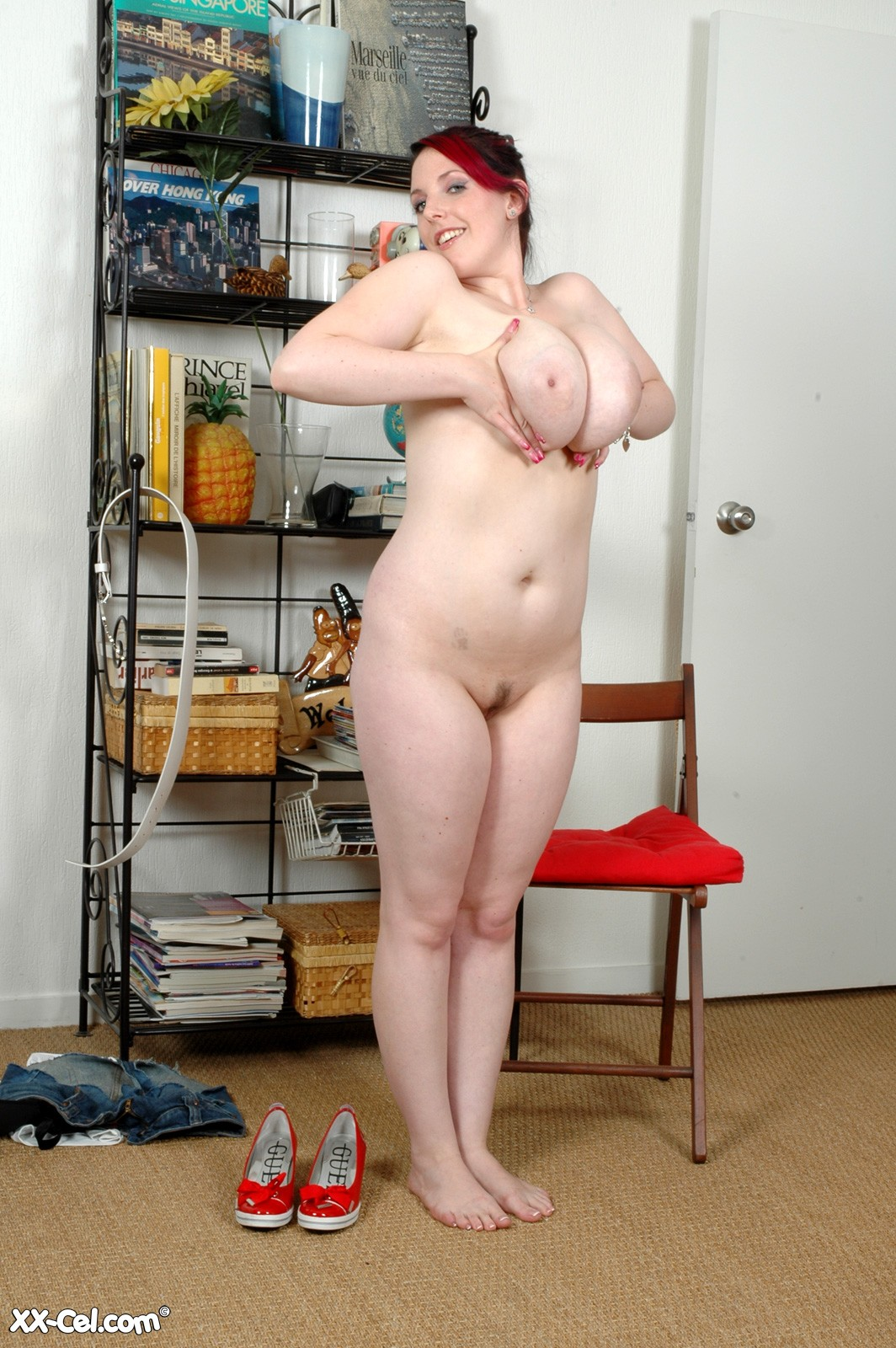 Blonde nude vagina